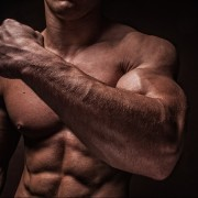 腕を太くする方法