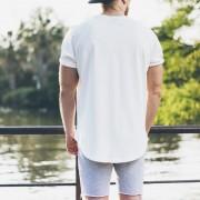 """白Tシャツで""""おしゃれ""""に仕上げる。12パターンの着こなし術を大公開!   Smartlog"""