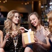お皿のプレゼントでおしゃれに祝福を。人気の食器ブランド10個を厳選 | Smartlog