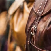 大人のリュックサックは革製で。おすすめ上質レザーバッグ8選 | Smartlog