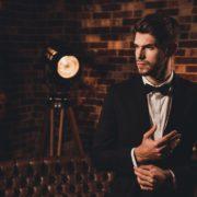 ブラックスーツの麗しい着こなし。大人の男のコーディネート術 | Smartlog